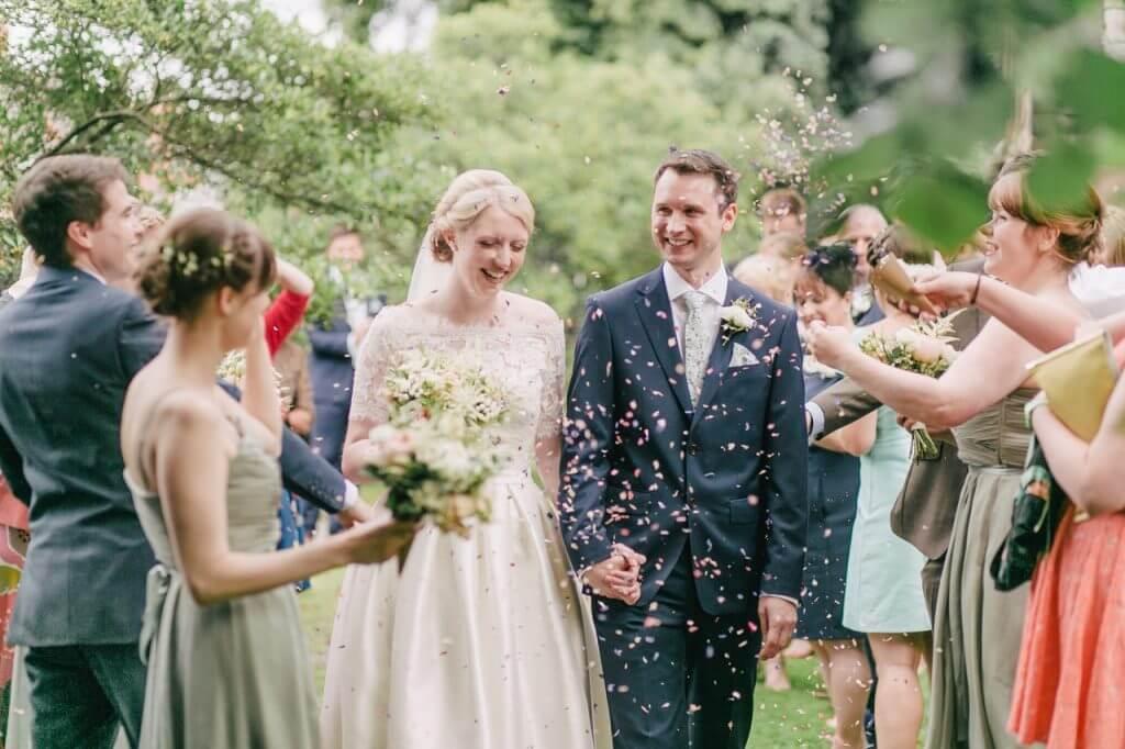 結婚出席人數統計